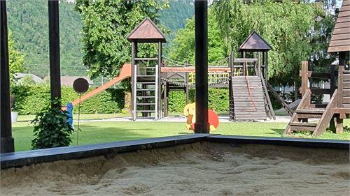 Sandkiste beim Kinderspielplatz im Halleiner Freibad