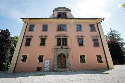 Schloss Urstein in Puch