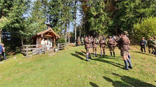 Jäger bei der Hubertusmesse auf der Schönalm