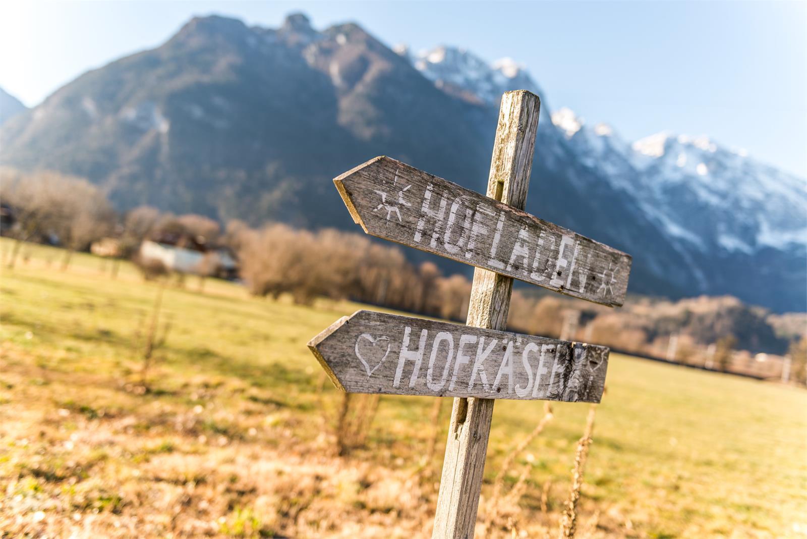 Hofladen Schilder | ©Salzburgerland Tourismus - Achim Meurer