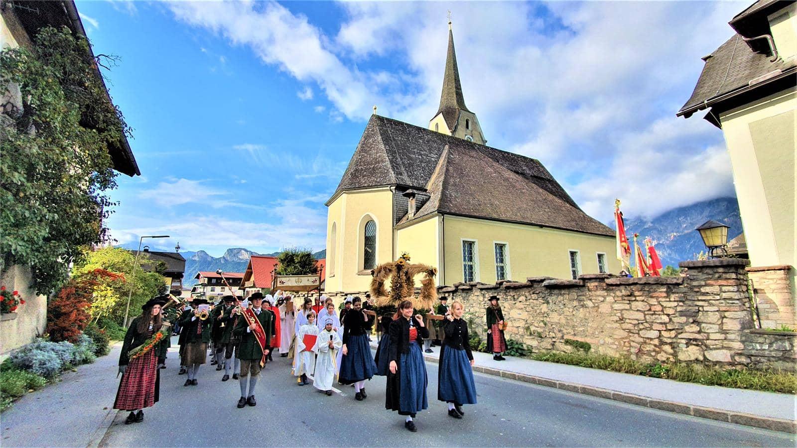 Erntedankfest mit Erntekrone in Puch bei Salzburg | ©TVB Puch