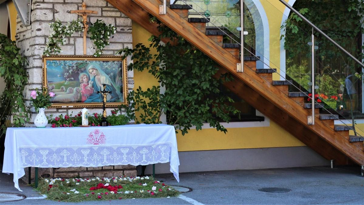 Altar Fronleichnam Kirchenwirt Puch